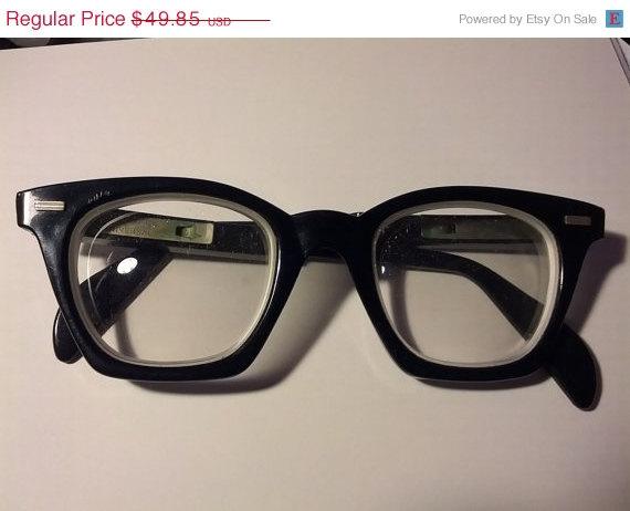 Black Vintage Glasses at BrightCloset
