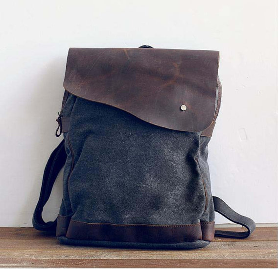 Gray Canvas Backpack by Leizistudio