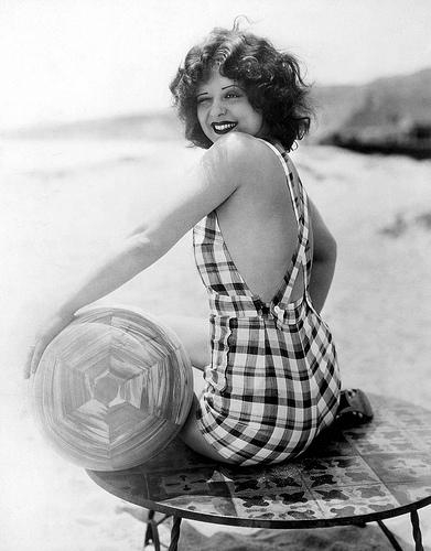 Beachy Clara Bow