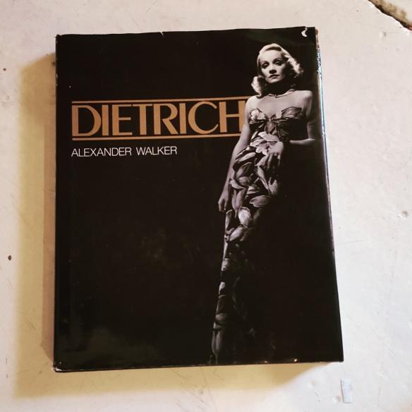 Dietrich by Alexander Walker